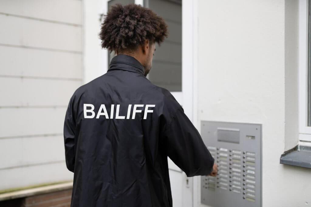 Debt collection bailiff